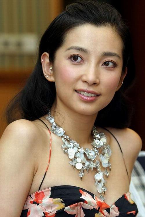 各省第一美女的明星代表图壹心律师官方网站 竖